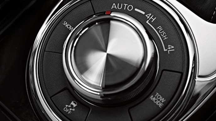 新型QX80のドライブセレクター