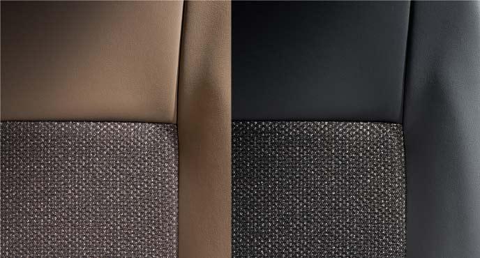 シート表皮はコハクとブラックの2タイプ