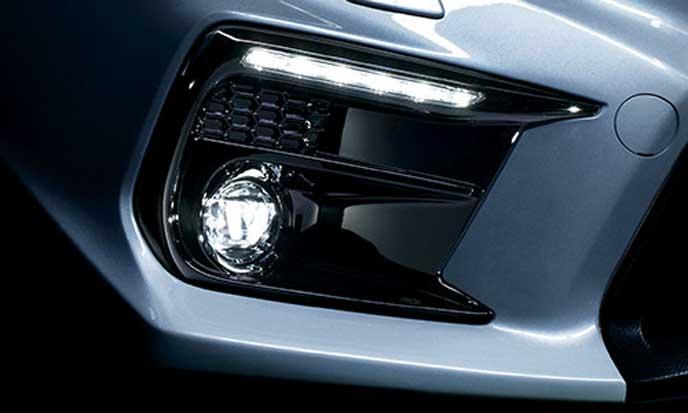 新型WRX S4のフォグランプ