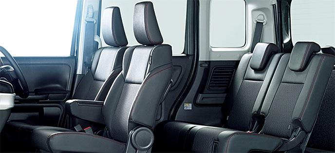 新型スペーシア カスタムの座席シート