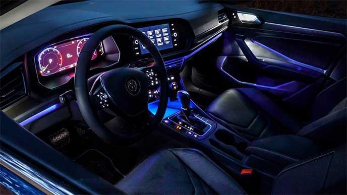 VWジェッタ室内の青色イルミネーション