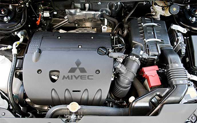 マイナーチェンジで搭載されるアウトランダーPHEVのエンジン