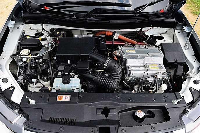 アウトランダーPHEVのエンジン(マイナーチェンジ前)