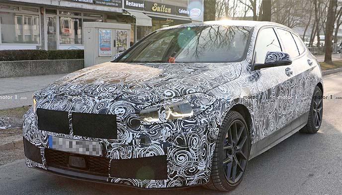 BMW1シリーズ新型のプロトタイプのエクステリア