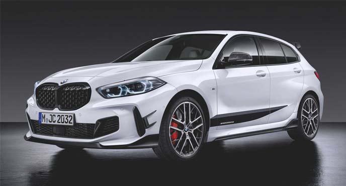 BMW新型「M135i xDrive」専用のカーボンファイバを使用したM専用パフォーマンスパーツ