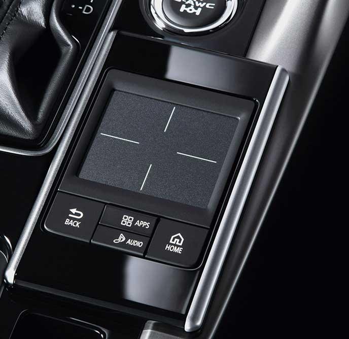 新型エクリプスクロスのタッチパッドコントローラー