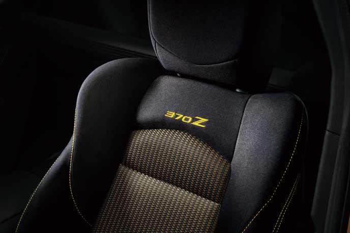 フェアレディZ ヘリテージエディションのシート
