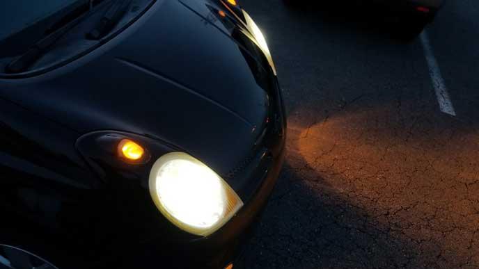 アーシングで光量が上がった車