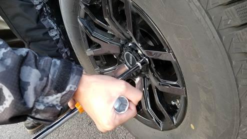 ロックナットは盗難防止に効果的 使い方や購入時の注意点