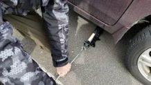 ジャッキアップをフロアジャッキや車載ジャッキで上げる方法