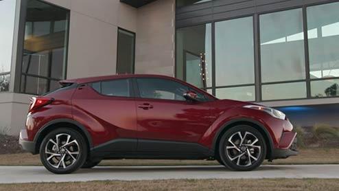 C-HRのターボモデルに2WD(FF)が追加され購入しやすい229万円から販売