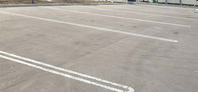 平坦な駐車場