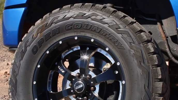 TOYO TIRES OPEN COUNTRY R/Tのタイヤ