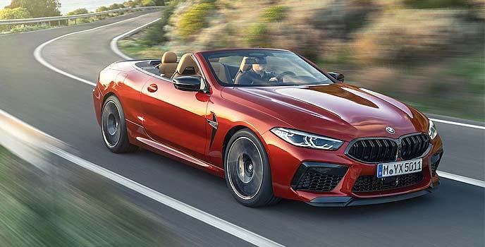 新型BMW M8カブリオレ