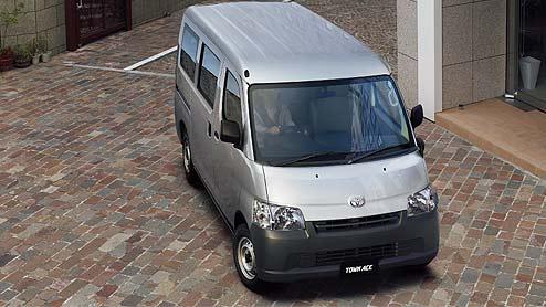 タウンエースがマイナーチェンジで小型商用車用の1.5L新エンジン搭載