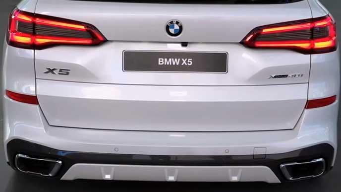BMW X5のリヤビュー