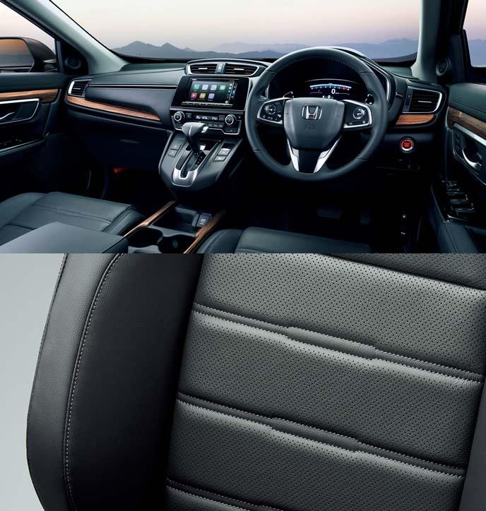 新型CR-Vのブラック本革シート