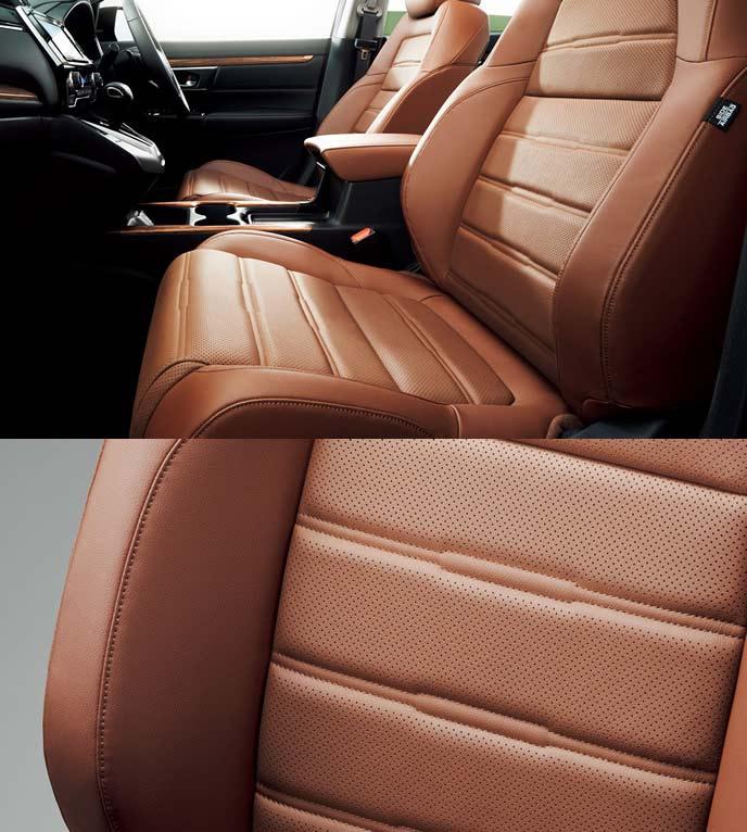 新型CR-Vのブラウン本革シート