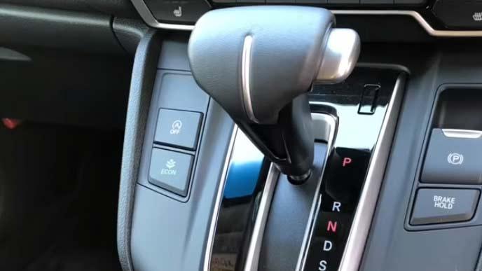 新型CR-Vの電動パーキングブレーキとブレーキホールド