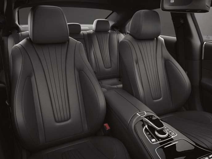 メルセデス・ベンツ新型CLSブラックの内装