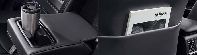 新型RAV4のシートバックポケットとカップホルダー付きアームレスト