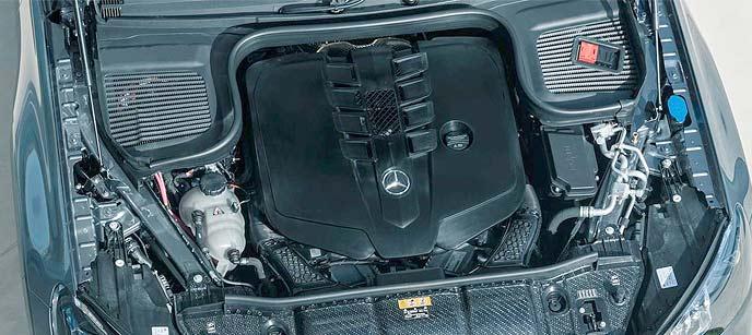 メルセデス・ベンツ新型GLSのエンジン