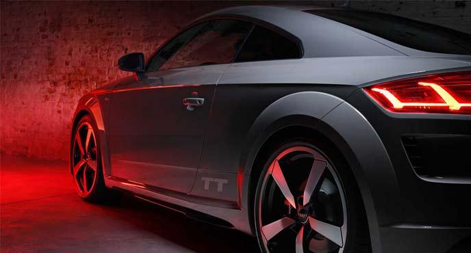 アウディTT最終限定モデル「クアンタムグレー・エディション」