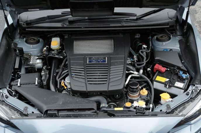 新型レガシィアウトバックのエンジン