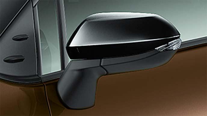 純正エアロパーツ新型シエンタのブラックドアミラーカバー
