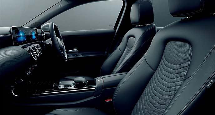 新型AクラスA 180 Style Sedanの内装