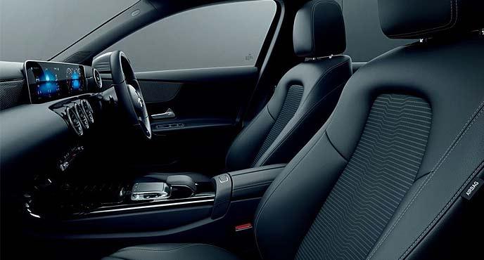 新型AクラスA 250 4MATIC Sedanの内装