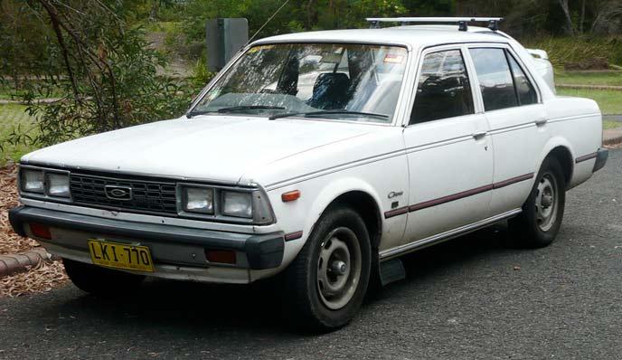 トヨタ コロナ T130型 前期型のエクステリア