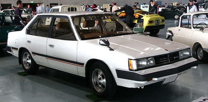 トヨタ コロナ T140型 前期型のエクステリア