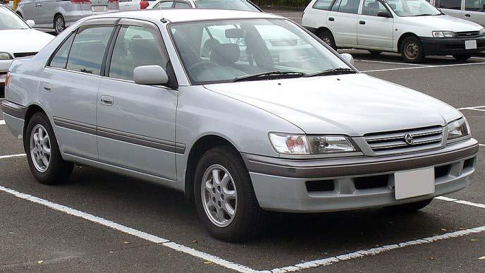トヨタ コロナプレミオ T210型 前期型のエクステリア
