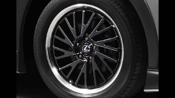 レクサス新型UXの18インチ鍛造アルミホイール&セキュリティロックナットセット