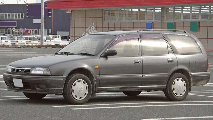 アベニール W10型のエクステリア