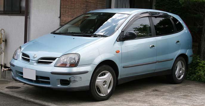 ティーノ V10型のエクステリア