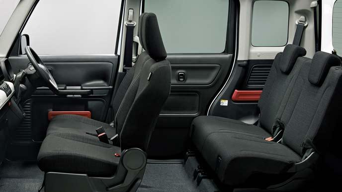 フレアワゴンの「ハイブリッドXG」のシート