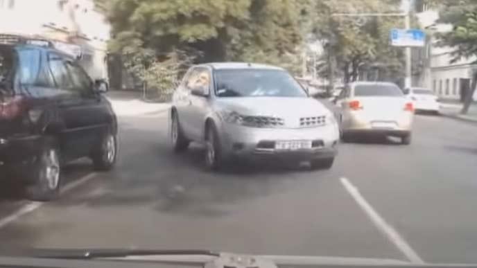 事故や危険運転対策に有効なドライブレコーダー
