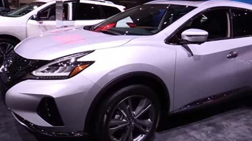 ムラーノがマイナーチェンジで新意匠のLEDライト採用 新型モデルの日本発売は未定