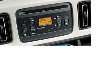 全車標準装備のラジオ付きCDプレーヤー