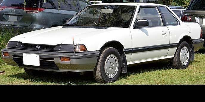 元祖デートカーとしてホンダの大ヒット車種となった2代目プレリュード。