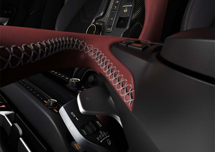 新型スープラの内装カラーはレッド×ブラックの組み合わせがスポーティでかっこいいデザイン