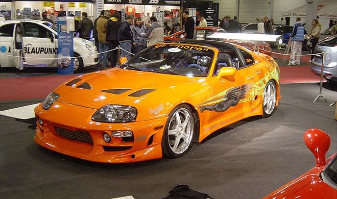 「ワイルド・スピード1」といえばオレンジカラーのスープラ