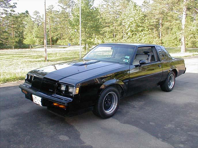 黒のビュイック・グランドナショナル(1978-1987)