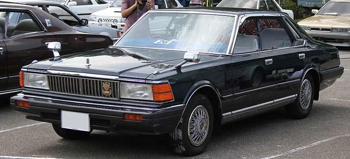 日産 セドリック 430型のエクステリア
