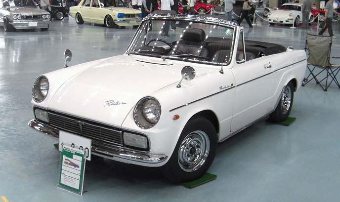 トヨタ パブリカコンバーチブルUP20S型のエクステリア