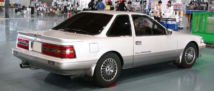 ソアラ Z20型のリアビュー
