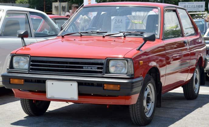 トヨタ スターレット 3ドア DXのエクステリア