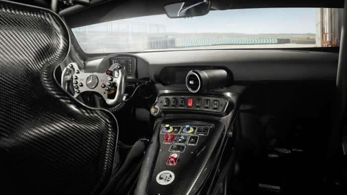 メルセデスAMG GT GT4の内装